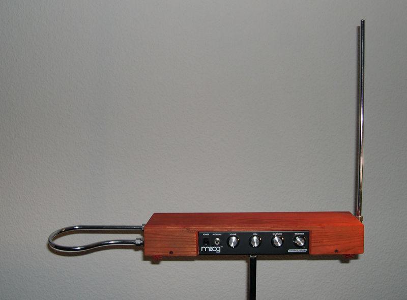 泰勒明电子琴
